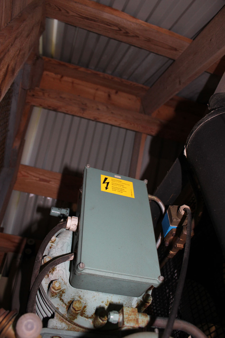 Isverk generator